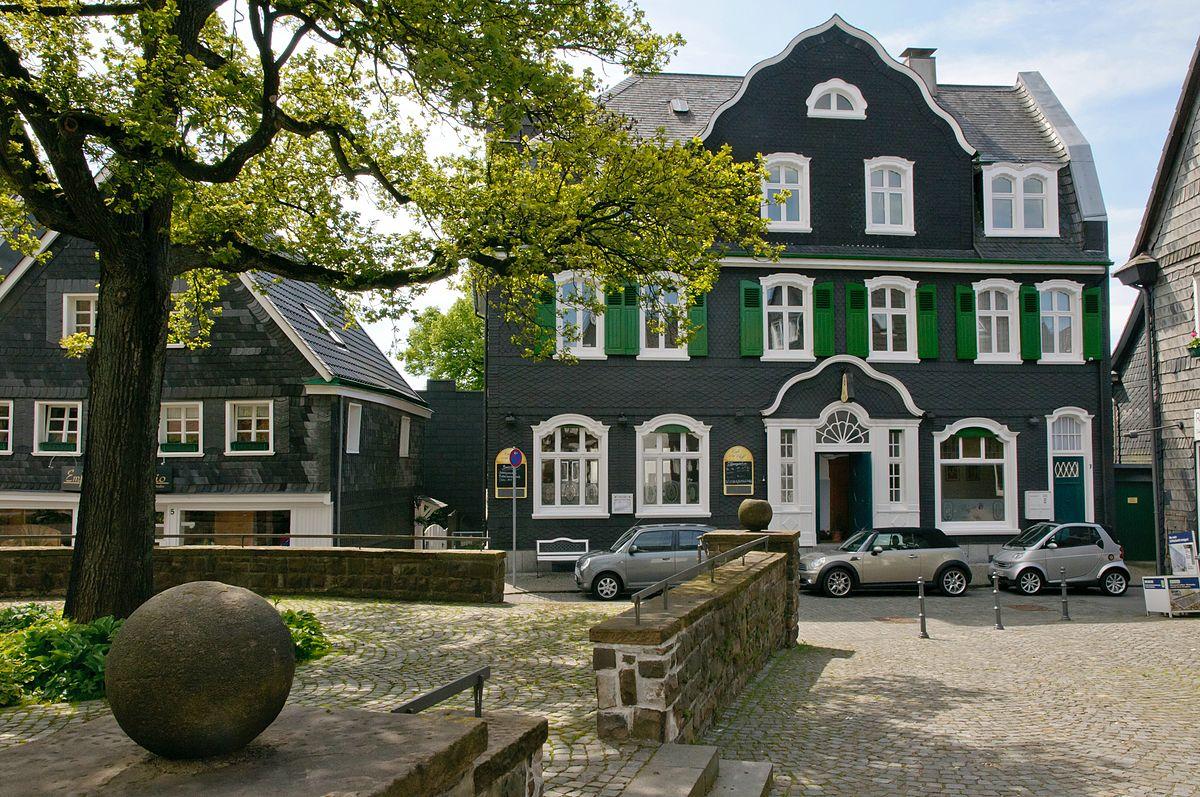 Cafe Born Cronenberg Speisekarte
