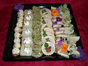 Canapé - Image: Canape tray