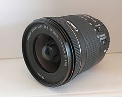 Canon EF-S 10-18mm F4.5-5.6 IS STM lens 01.jpg