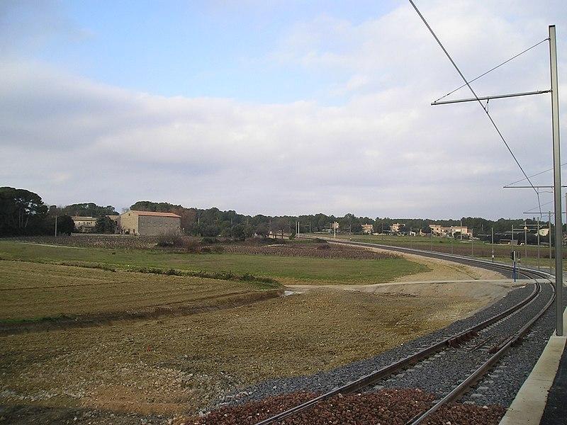 File:Castelnau Mas Caylus virage Tram2 Nord 27122006.JPG