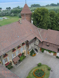 Castle of estavayer-le-lac view from the keep.jpg