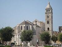 Cathédrale Santa Maria Maggiore de Barletta.JPG