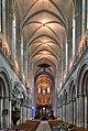 Cathédrale de Bayeux - nef.jpg