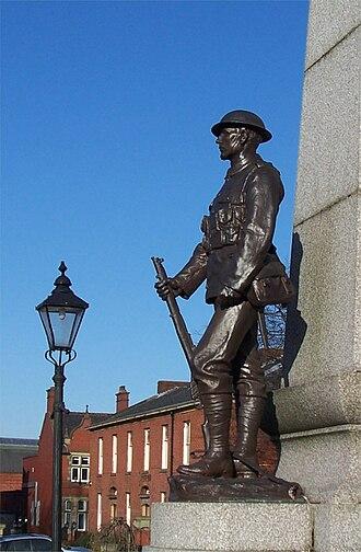 Albert Toft - Image: Chadderton War Memorial