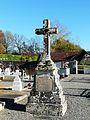 Champagnac-de-Belair cimetière croix (6).JPG