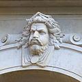 Chauvet-Longchamp-Mascaron représentant un des qu.jpg