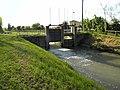 Chiusa regolazione acque Adigetto alle porte di Rovigo 01.jpg