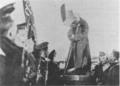 ChjeidzeDirigiéndoseALosMarinosEnElpalacioTaúride191703.png