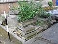 Churchyard at St Benet Paul's Wharf - geograph.org.uk - 1801949.jpg