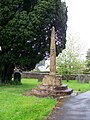 Churchyard cross, St Andrews Church (geograph 1904502).jpg