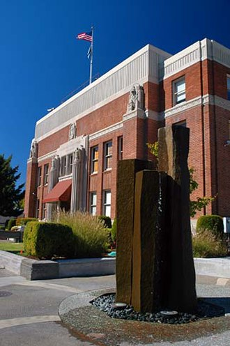 Clackamas County, Oregon - Image: Clackamas County Courthouse (Clackamas County, Oregon scenic images) (clac D0034)