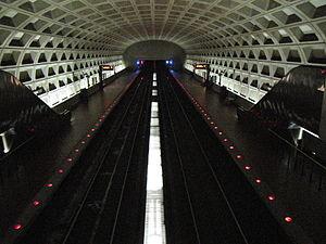 Clarendon station.jpg