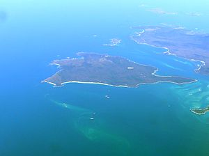 Clarke Island (Tasmania) - Aerial view of Clarke Is from south east