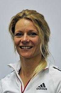 Claudia Nystad bei der Olympia-Einkleidung Erding 2014 (Martin Rulsch) 09.jpg
