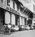 Collectie NMvWereldculturen, TM-20000877, Negatief, 'Straatgezicht in Jalan Kali Besar Timur', fotograaf Boy Lawson, 1971.jpg