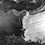 Columbia Glacier, Calving terminus, June 21, 1978 (GLACIERS 1109).jpg