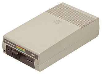 Commodore bus - Image: Commodore 64 1541 Floppy Drive 01
