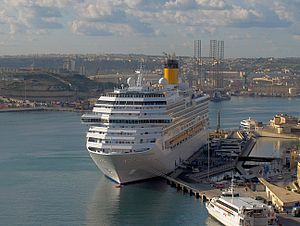 Costa Concordia at Valletta.jpg