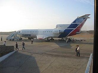 Airstair - Cubana de Aviación Yak-42D with rear airstair deployed