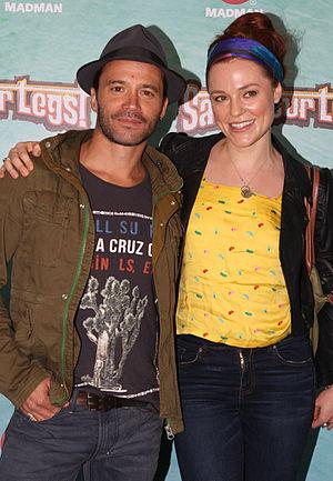Ella Scott Lynch - Ella Scott Lynch and fellow actor Damian Walshe-Howling
