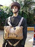 Del 50 al 75 creo que no habria muchas paracaidistas con este uniforme eh @rpla -) (6246035228).jpg