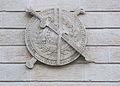 Dijon Hôtel du Commandant militaire Bouclier 1.jpg
