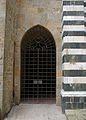 Doors in volterra P16.JPG