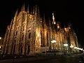 Duomo di milano, exterior (14133669368).jpg