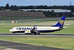 EI-DPJ B737-800 Ryanair BHX 29-09-2016 (30844014261).jpg