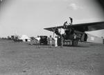 ETH-BIB-Betanken der Fokker-Kilimanjaroflug 1929-30-LBS MH02-07-0132.tif