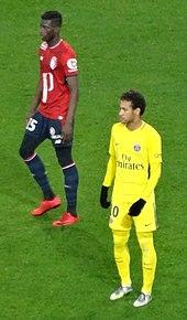 4e9669291 Neymar playing for PSG against Lille in February 2018