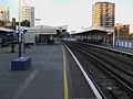 Elephant & Castle mainline stn Southeastern platforms look north2.JPG