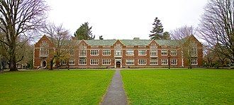 Eliot Hall (Reed College) - The building's exterior in 2007