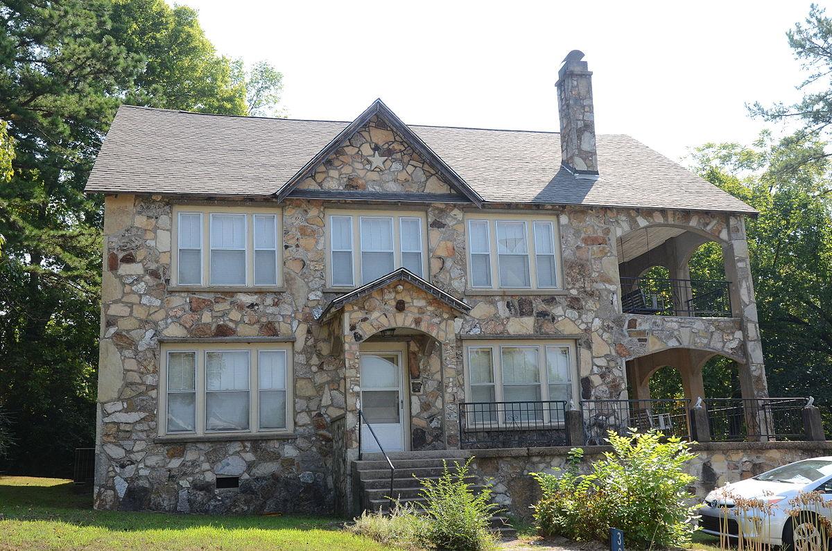 Rooming House Long Island