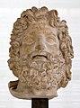 Età antoniniana, testa colossale di zeus, da un originale ellenistico.jpg