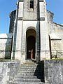 Eyliac église porche (1).JPG