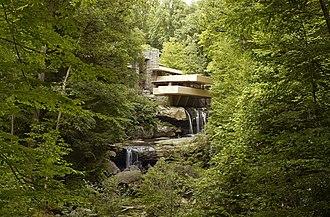 Organic architecture - Fallingwater by Frank Lloyd Wright