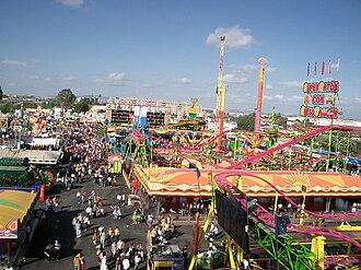 Feria de Jerez - Upper view of games zone in Feria 2009 from the noria.