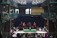 Fischauktionshalle Bühne 1 – 825. Hamburger Hafengeburtstag 2014 01.jpg