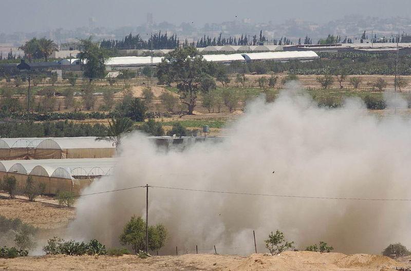 File:Flickr - Israel Defense Forces - IDF Detonates Tunnel Near Crossing.jpg