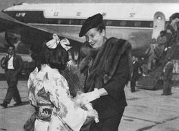 Helen Traubel in Chitose Air Base, 1952.