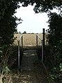 Footbridge (geograph 3124890).jpg