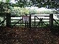 Forbidden field - geograph.org.uk - 1658939.jpg
