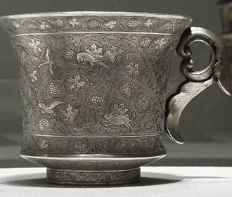 Tang dynasty art - Silver wine cup