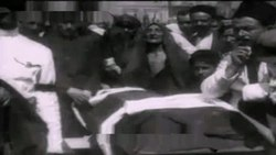 Файл:Funeral of 26 Baku Commissars, 1920.webm