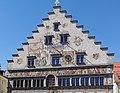 GER — BY – Landkreis Lindau (Bodensee) – Lindau (Bodensee) – Insel – Bismarckpl. 4 (Altes Rathaus, Südfassade, Detailansicht Giebel).JPG