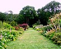 Garden (Port Lympne Wild Animal Parks) - panoramio (1).jpg