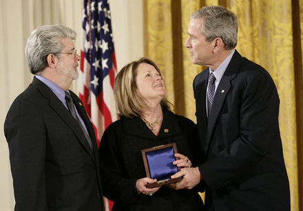 Lucas receiving the National Medal of Technology and Innovation from President George W. Bush, February 2006 George Lucas Medal of Technology.jpg