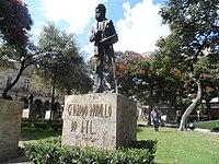 Gerardo Murillo Dr. Atl (Estatua).jpg