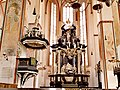 Germany Luebeck St Jakobi pulpit and altar.jpg